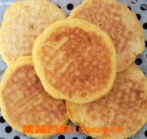 玉米贴饼子